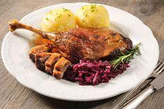 Ha igazán finom sült kacsacombot ennél, pácold be egy éjszakára. Braised Red Cabbage, Paleo Dinner, Tandoori Chicken, Good Food, Food And Drink, Turkey, Beef, Healthy Recipes, Cooking