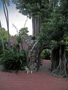 Nighttime Pic Of Key West Gardens Martello Tower And Garden Weddings Pinterest
