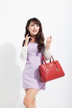 Model styles,purse like noble,bargain