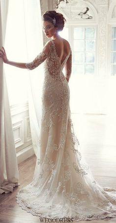 vintage 3 / 4 sleeves wedding dress / http://www.himisspuff.com/vintage-wedding-dresses-you-will-love/5/