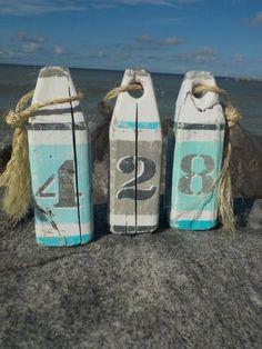 Ideas for Decorating a Nautical Home - seaside nautical design ideas Nautical Theme Decor, Coastal Decor, Nautical Craft, Nautical Centerpiece, Vintage Nautical, Centerpiece Ideas, Coastal Style, Southern Style, Home Decor Bedroom