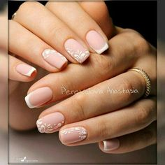 Semi-permanent varnish, false nails, patches: which manicure to choose? - My Nails Pink Nails, My Nails, Pink Manicure, Cute Nails, Pretty Nails, Nail Deco, Nagellack Trends, Wedding Nails Design, Bride Nails