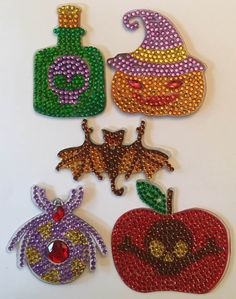 Altered Bottles, Crochet Earrings, Miscellaneous Things, Halloween, A3, Jewelry, Fashion, Moda, Jewlery