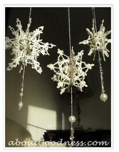 How to Make 3D Crochet Snowflake Ornament: DIYTutorial
