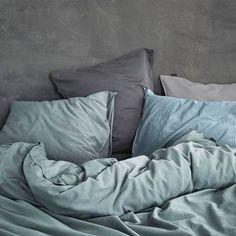 Essenza Guy Dekbedovertrek 240 x 220 cm Home Bedroom, Bedroom Decor, Bedrooms, Master Bedroom, Diffused Light, Recycled Furniture, Style Vintage, House Goals, Casual Look