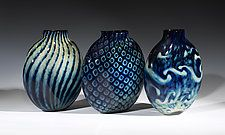 "Treasure Series Pill Vase by Jacob Pfeifer (Art Glass Vase) (10"" x 9"")"