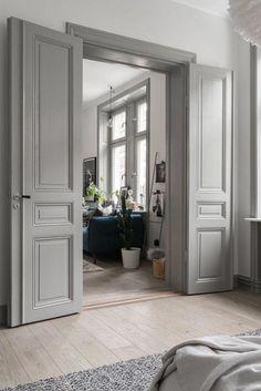 14 Unique Wooden Door Design Ideas - Lori Home Home Door Design, Wooden Door Design, Wooden Doors, Wooden Door Paint, Grey Interior Doors, Interior Trim, Painted Interior Doors, Grey Doors, Pastel Interior