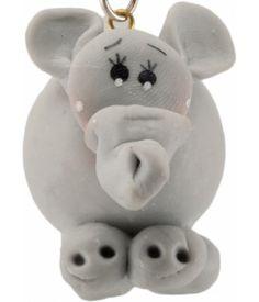 ► Este simpático dije en forma de un lindo elefante está hecho de pasta francesa. Ideal para colgar en tu celular. #recuerdosparaxvanos