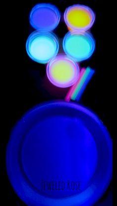 Glowing aceite y agua experimento