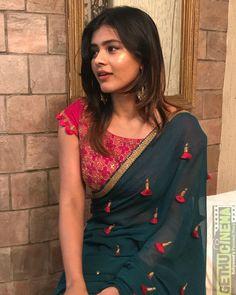 Hebah Patel  green saree 24 Kisses Actress Hebah Patel 2018 Latest HD Gallery