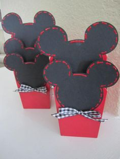 Set of 12 MICKEY MOUSE PARTY Favor Boxes. $18.00, via Etsy.