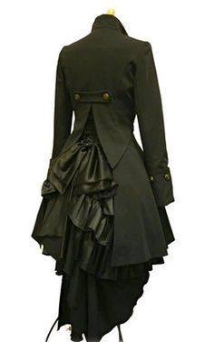 Steampunk coat - it could be interesting to add something like this to my wardrobe! I want to make something like this for the steampunk Sherlock costume that I'm planning to make.