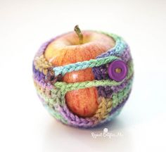 Crochet Apple Cozy - Repeat Crafter Me