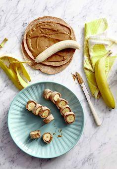 Bananas + tortillas integrales + mantequilla de maní = Bocadillos de banana