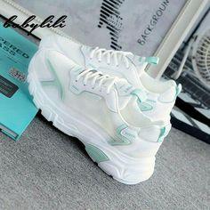Dr Shoes, Cute Nike Shoes, Swag Shoes, Hype Shoes, Trendy Womens Sneakers, Sneakers Fashion, Fashion Shoes, Korean Shoes, Kawaii Shoes