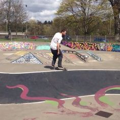Instagram #skateboarding video by @badmac007 - @skinnerhiy performing a textbook kickflip fakie #skateboarding #sbog #skatelife #epic #steezy #fun #scotland. Support your local skate shop: SkateboardCity.co