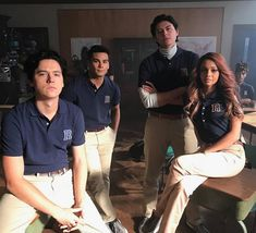Image uploaded by 🤦🏻♀️ maqafa 🤦🏻♀️. Find images and videos about riverdale, cole sprouse and jughead jones on We Heart It - the app to get lost in what you love. Sweet Pea Riverdale, Kj Apa Riverdale, Riverdale Memes, Riverdale Netflix, Riverdale Betty, Crush Memes, Lili Reinhart, Archie Comics, Betty Cooper