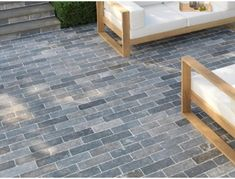 Namera Paviors by Stonemarket, perfect for pathways, courtyards and patios. View the full limestone paving range Grey Block Paving, Block Paving Patio, Garden Pavers, Driveway Paving, Patio Slabs, Concrete Pavers, Sandstone Slabs, Limestone Paving, Paving Design