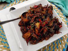 "Vleesreepjes in ""sticky"" gembersaus - Lekker Tafelen Party Snacks, Pressure Cooking, Tandoori Chicken, A Food, Nom Nom, Pork, Meat, Ethnic Recipes, Jasper"
