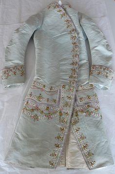 Hampton Court Palace. Coatee and matching waistcoat from the 1780s. Hanoverian Court.
