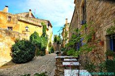Peratallada o el delirio fotográfico (I). Lugares con encanto. Pueblos con encanto. Baix Empordà. Girona www.caucharmant.com
