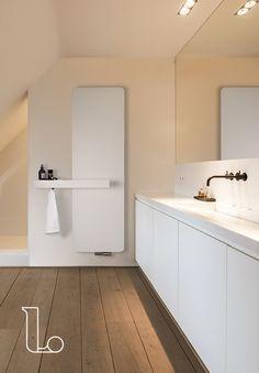 Aluminium designer radiator ONI O-NP & MultiPlus accessory by Vasco Attic Bathroom, Bathroom Towels, Bathroom Mirrors, Flat Interior, Interior Design, Panel Radiators, Designer Radiator, Bath Towel Sets, Dream Bathrooms
