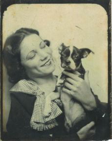 photobooth ... lady with her #dog