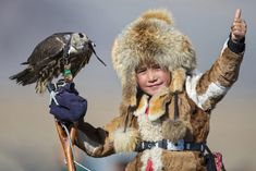 Golden eagle festival gives rare insight into ancient culture - Caters News Agency Mongolia, Photography Tours, Portrait Photography, Eagle Hunting, Kids Around The World, Golden Eagle, News Agency, Auburn University, Thinking Day