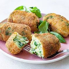 Millet croquettes with spinach and cheese Veggie Recipes, Vegetarian Recipes, Cooking Recipes, Healthy Recipes, Healthy Snacks, Healthy Eating, Good Food, Yummy Food, Vegan Dinners