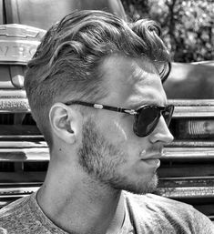Men's Curly Wavy Hairstyles - 21