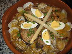 Bonito a la vasca. Ver la receta http://www.mis-recetas.org/recetas/show/33348-bonito-a-la-vasca