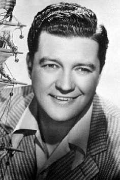 Dennis Morgan is one good looking guy!