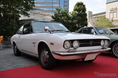1970 Isuzu 117 Coupe
