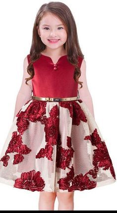 1 million+ Stunning Free Images to Use Anywhere Baby Dress Design, Baby Girl Dress Patterns, Baby Frocks Designs, Kids Frocks Design, Baby Girl Party Dresses, Little Girl Dresses, African Dresses For Kids, Kids Dress Wear, American Girl Dress