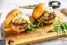 These are sure to delight especially if you like blue cheese. Black And Blue Burger, Oven Pan, Carmelized Onions, How To Cook Burgers, Grilled Mushrooms, Angus Beef, Italian Seasoning, Blue Cheese, Copycat