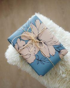 Kamelia-wrapping paper | KOHTEESSA. #wrappingpaper #wrappingpapers #giftideas #wrappingideas #wrappinginspiration #ecofriendly #papershop #paperproducts #finnishdesign #keyflag #madeinfinland #designfromfinland #crafting #diy #lahjapaperi #paketointi #lahjapaketointi #paketointiidea #kotimainen #ekologinen #verkkokauppa #lahjojenpaketointi #askartelu #askarteluideoita #käsityö #taide Wrapping Papers, Wrapping Ideas, Gift Wrapping, Wraps, Gifts, Beautiful, Gift Wrapping Paper, Presents, Packaging Ideas