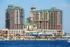 Explore the Florida Panhandle on these top 7 Destin tours. Find adventure on cruises, speedboats, segways, or try water activities. #travel #itrip #vacation #florida #beach