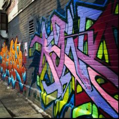 Toronto/Queen West/graffiti