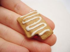 Items similar to Realistic Strawberry Toaster Strudel Polymer Clay Charm on Etsy Polymer Clay Miniatures, Polymer Clay Projects, Polymer Clay Charms, Polymer Clay Creations, Clay Crafts, Mini Toaster, Toaster Strudel, Play Clay, Cute Clay