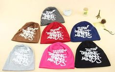 2015 κορεατική καρφίτσα scrawl για αγόρι κορίτσι hip hop στυλ επιστολές Beanie τυπωμένα και τα καπέλα του κρανίο κεφαλές μαύρο καπέλο του μπέιζμπολ πλεκτά καπέλα από Ywyscarf, $ 15.08 | Dhgate.Com