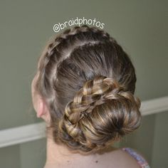 princess swirl bun #braid  #braidphotos  #braidupdo  #hotd  #hairspo #bun