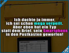 Da muss jetzt wohl jemand auf den Postboten warten ^^' #verpeilt #Postbote #Humor #peinlich #lustig #Witze #Sprüche #Witze