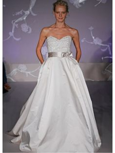 Affordable Ball Gown Sweetheart Court Train Wedding Dresses Bridal Gowns 2302005