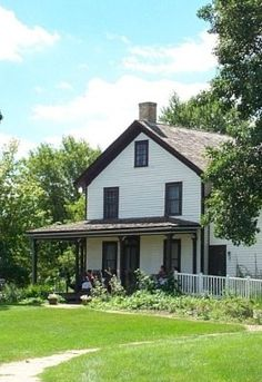 Gibbs Farmhouse Museum - one of Minnesota's haunted places. http://blogs.citypages.com/blotter/2010/10/minnesotas_most.php