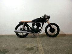 Honda TMX 125 cafe racer brat