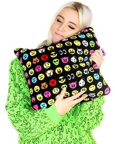 EMOTICON+SQUARE+PILLOW+at+Shop+Jeen+-+SHOP+JEEN