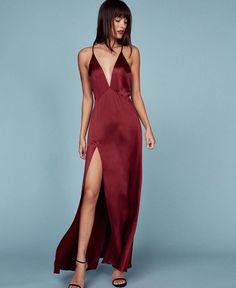 Off The Shoulder Burgundy Long Prom Dresses Split Front Evening Dresses Women Cute Red Dresses, Grad Dresses, Satin Dresses, Elegant Dresses, Beautiful Dresses, Evening Dresses, Gowns, Formal Dresses, Slep Dress