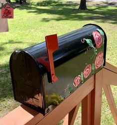 Hand Painted Rose Mailbox - lovemycottage Solar Chandelier, Painted Mailboxes, Apple Barrel, Coat Paint, Diy Home Decor Projects, Cotton Sheet Sets, Flower Basket, Spring Green, Clear Acrylic