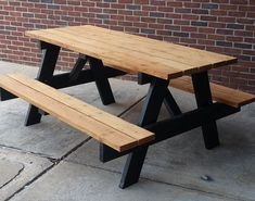 Backyard patio bar picnic tables 62 ideas for 2019 Painted Picnic Tables, Picnic Table Bench, Outdoor Picnic Tables, Pinic Table, Patio Bar, Backyard Patio, Stained Table, Diy Table, Paint Stain