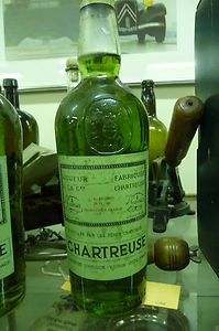 Full Sealed Chartreuse 96 Proof 24Fl Oz Fabriquee Liqueur Garnier